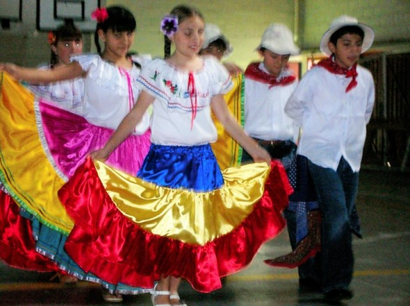Costa Rican traditional clothing