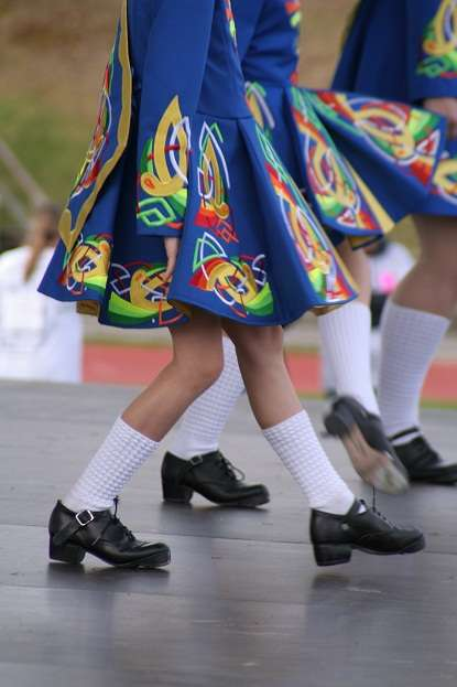 irish dancing girls