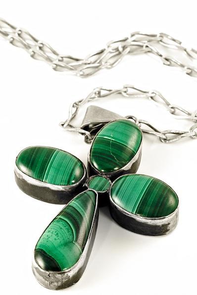 Irish emerald jewelry