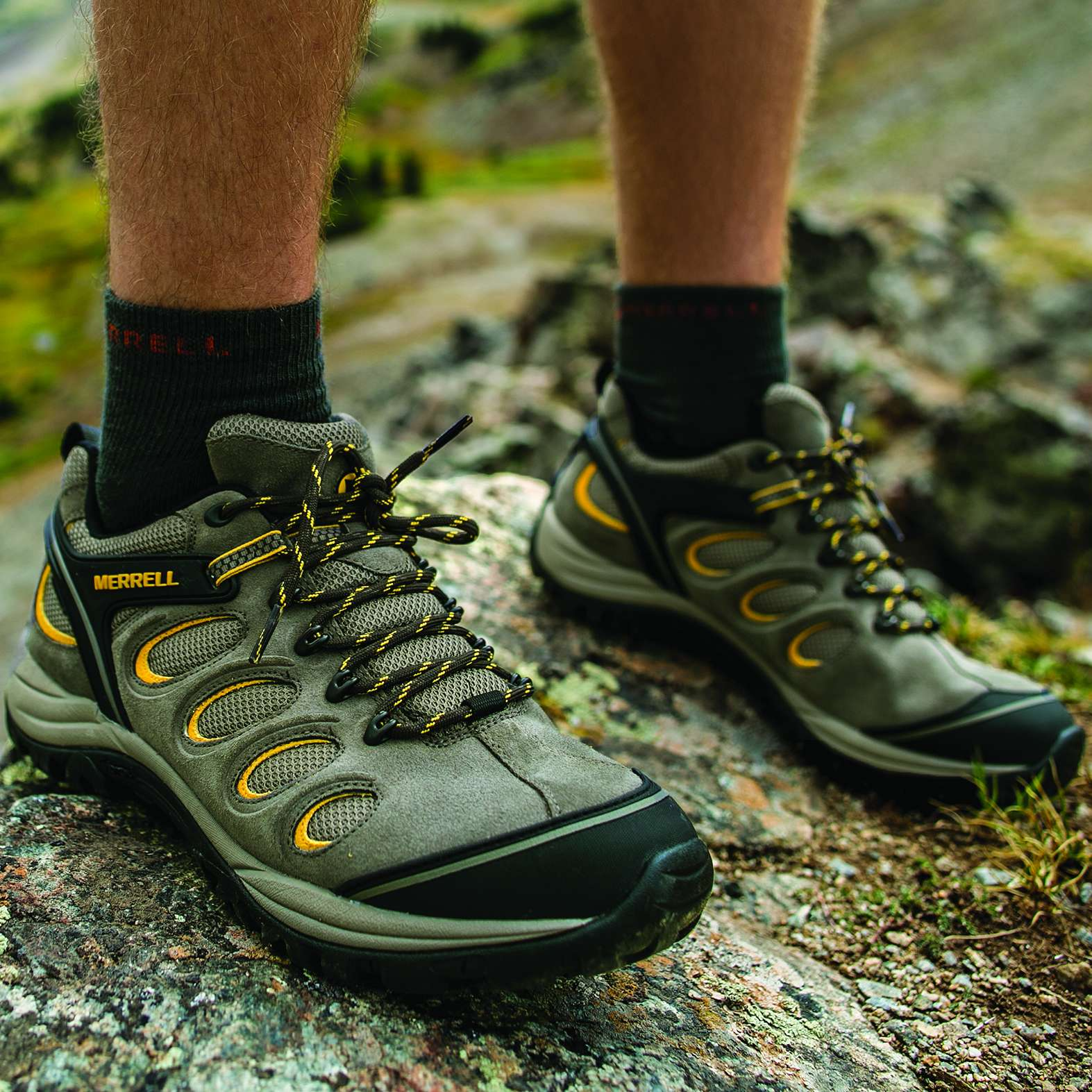 Mens Hiking Boots Outdoor Shoes for Winter | adidas