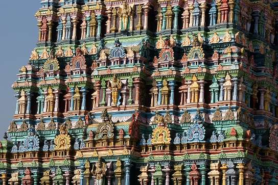 Meenakshi hindu temple in Madurai, Tamil Nadu, South India.
