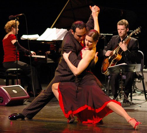 history of tango dance in argentina