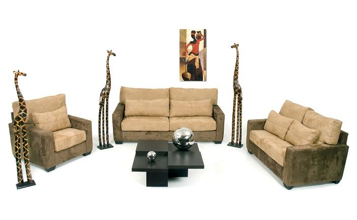 Interior modernista con muebles en  velour. México