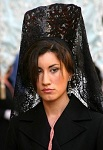 traditional spanish mantilla