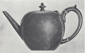 Tea pot purporting to be by John Loney