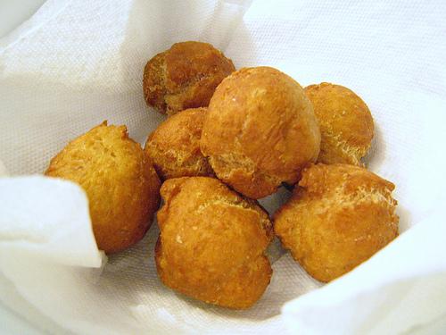 easy to make jamaican dumplings • globerove